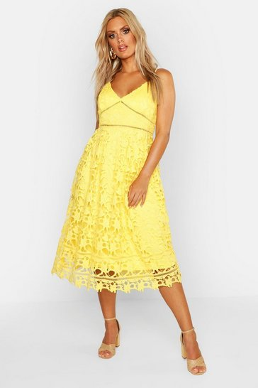 Yellow Plus Leila Applique V Neck Lace Skater Dress