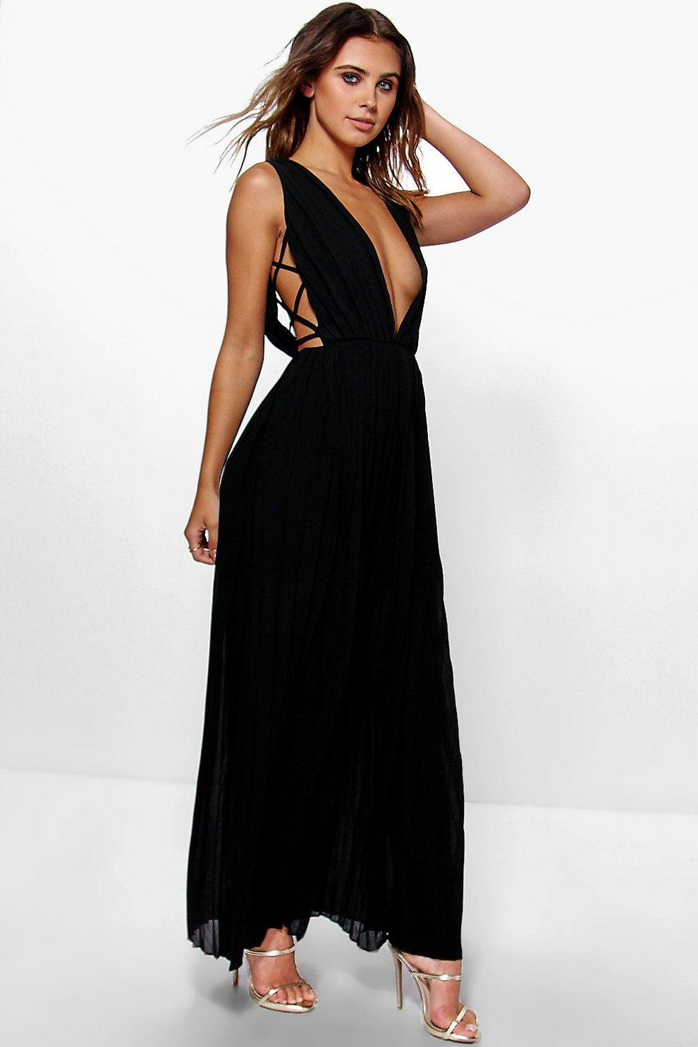 7afae9b1acaf Petite Mel All Over Pleated Strappy Side Maxi Dress | Boohoo