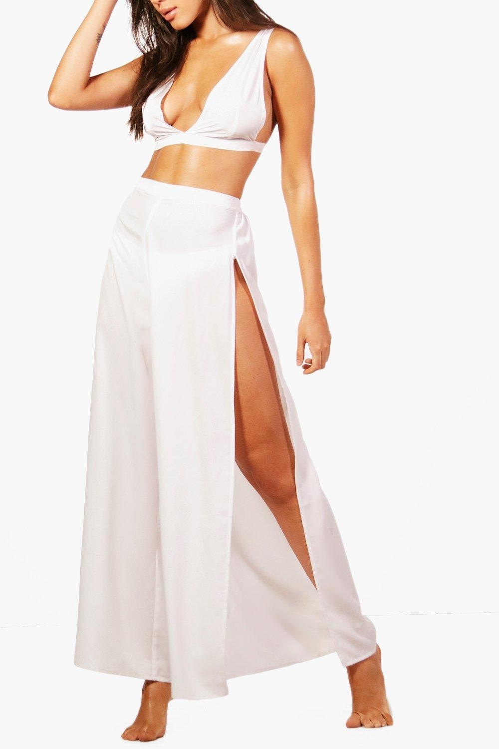 9ecf8318188 Boohoo Womens Plunge Beach Top   Trouser Co-ord in White size S