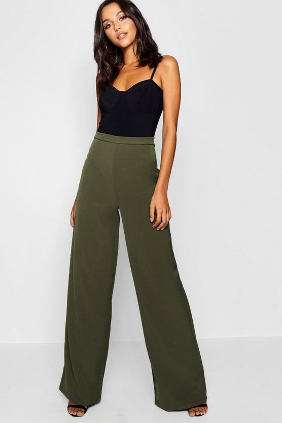 Tall High Waisted Woven Wide Leg Trousers Tall High Waisted Woven Wide Leg Trousers by Boohoo
