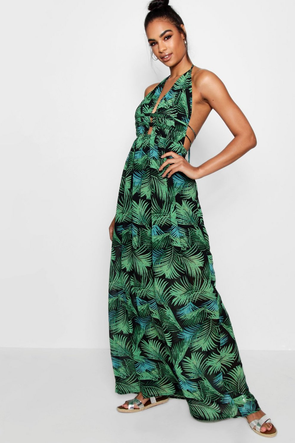 11bfd608a274 Tall Plunge Front Palm Print Maxi Dress | Boohoo