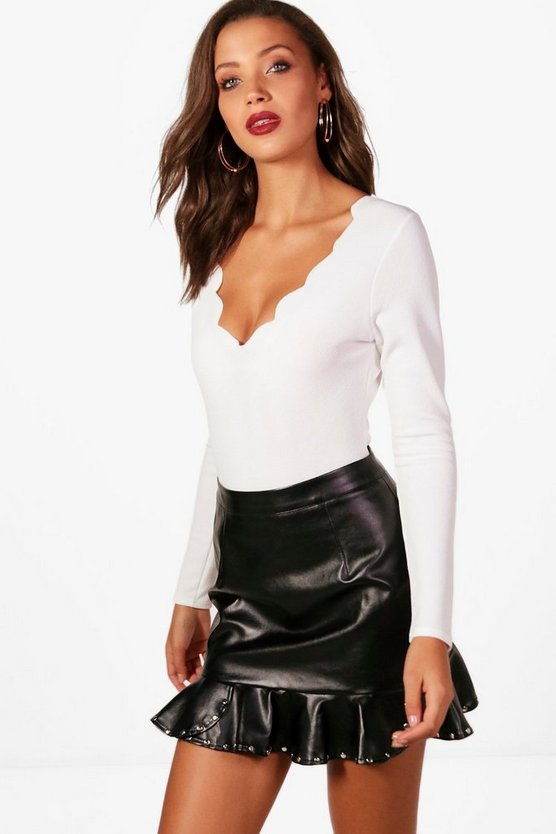 Tall Scallop Edge Plunge Bodysuit