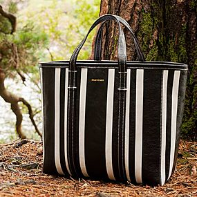 Tote-ally Chic