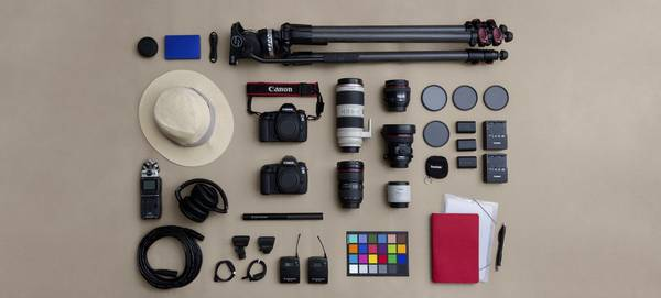Dafna Tal's Canon photography kit, including two Canon EOS 5D Mark IV DSLRs.