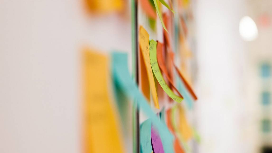 Coloured postit notes