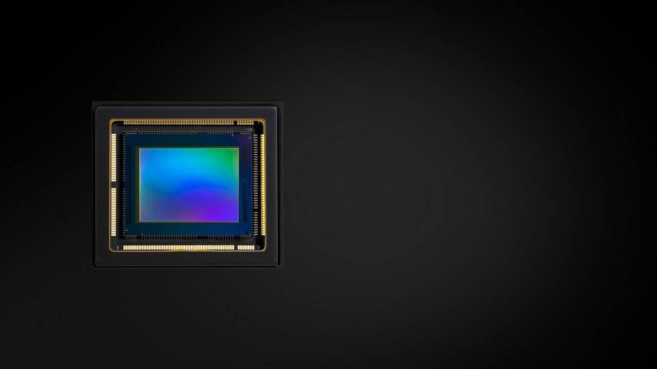 1.0-type CMOS sensor