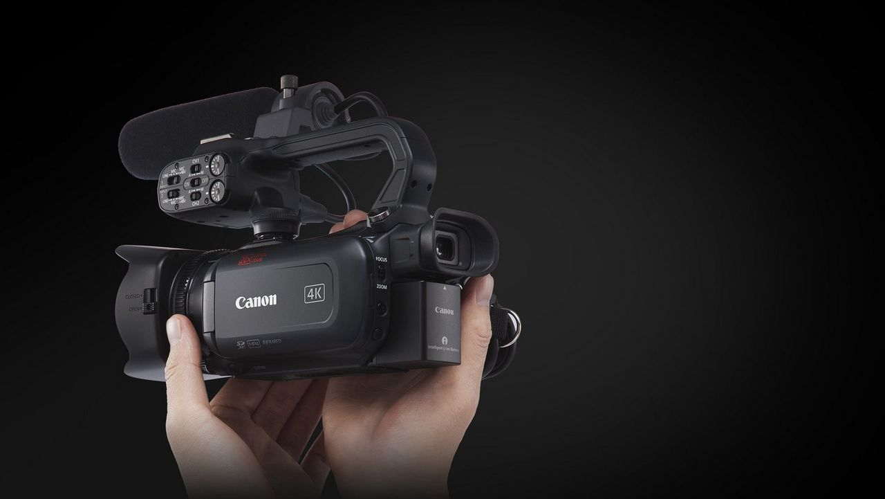 Ultra-compact professional 4K UHD camcorder