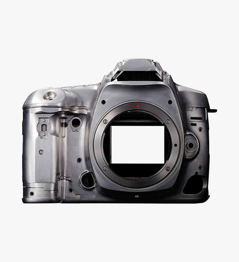 EOS 5D Mark IV magnesium alloy body