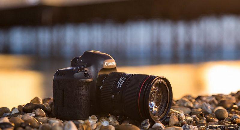 Canon EF 24-105mm f/4 L is USM Lens for Canon EOS SLR Cameras SLR ...