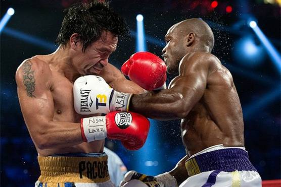 Elizabeth Kreutz on photographing star boxers Manny Pacquiao and Timothy Bradley in action