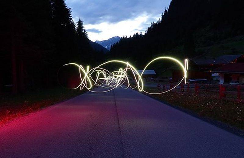 painting with light with long exposure