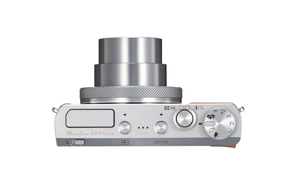 PowerShot G9 X Mark II Silver Top Lens Out