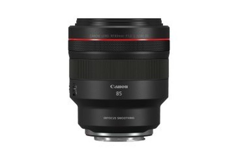 Canon launches a world first RF lens – the third addition to its F2.8L trinity series – and a new portrait lens for the RF mount