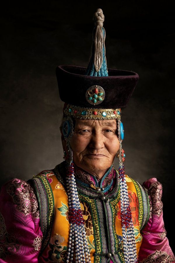 A Mongolian man in traditional dress. Taken by Alessandra Meniconzi on a Canon EOS R.