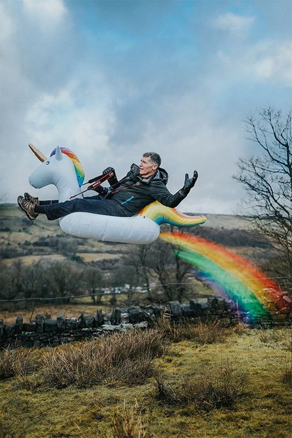 Eddie seems to be flying on the unicorn, leaving a rainbow trail behind; the entire scene is much brighter.