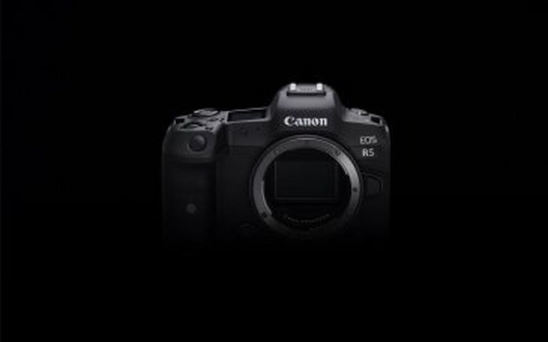 Canon reveals further EOS R5 details - shutting down speculation that some specs are 'impossible'