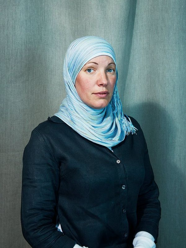 Ioni Sullivan posed for Felicity McCabe for a studio portrait to accompany a story about women converting to Islam.