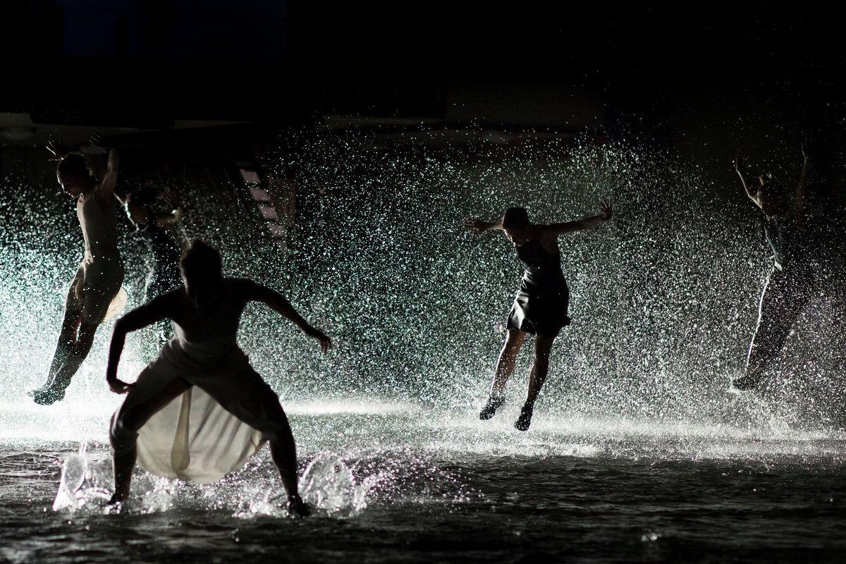 фото танец под водой форма цифрового
