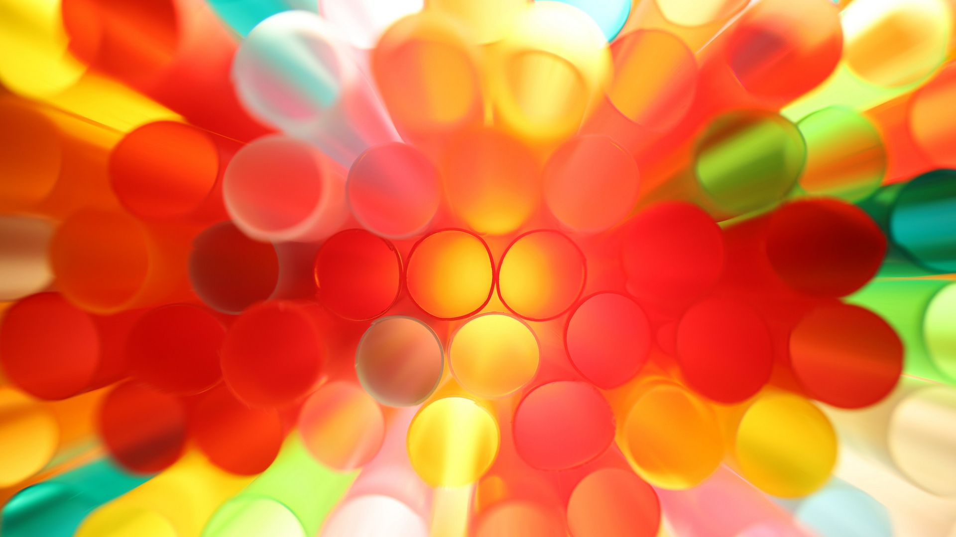 Shot on RF 24-105mm F4-7.1 IS STM of different coloured straws
