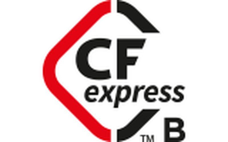 Dual CFexpress slots