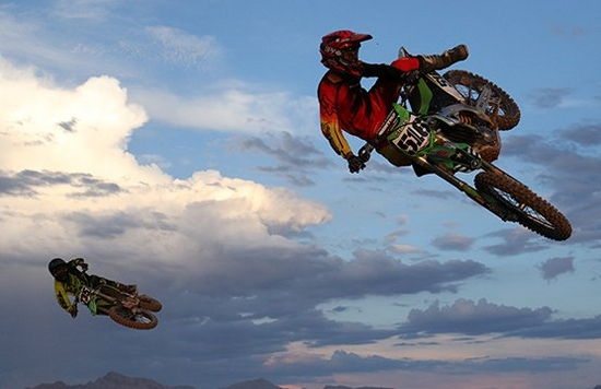 dirt bikes perform jumps