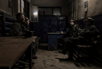 Coal miners sitting having coffee shot on the Canon EOS R and RF 28-70mm F2L USM
