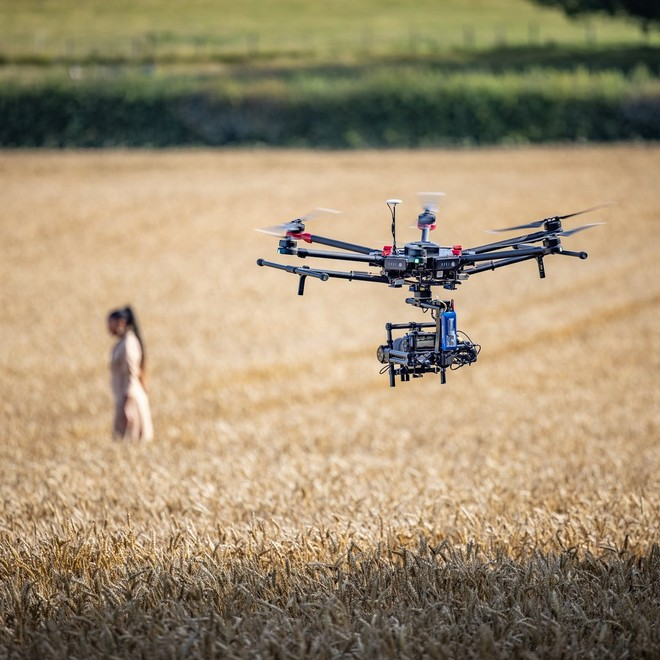 Drone shoot with EOS C70, girl in the field