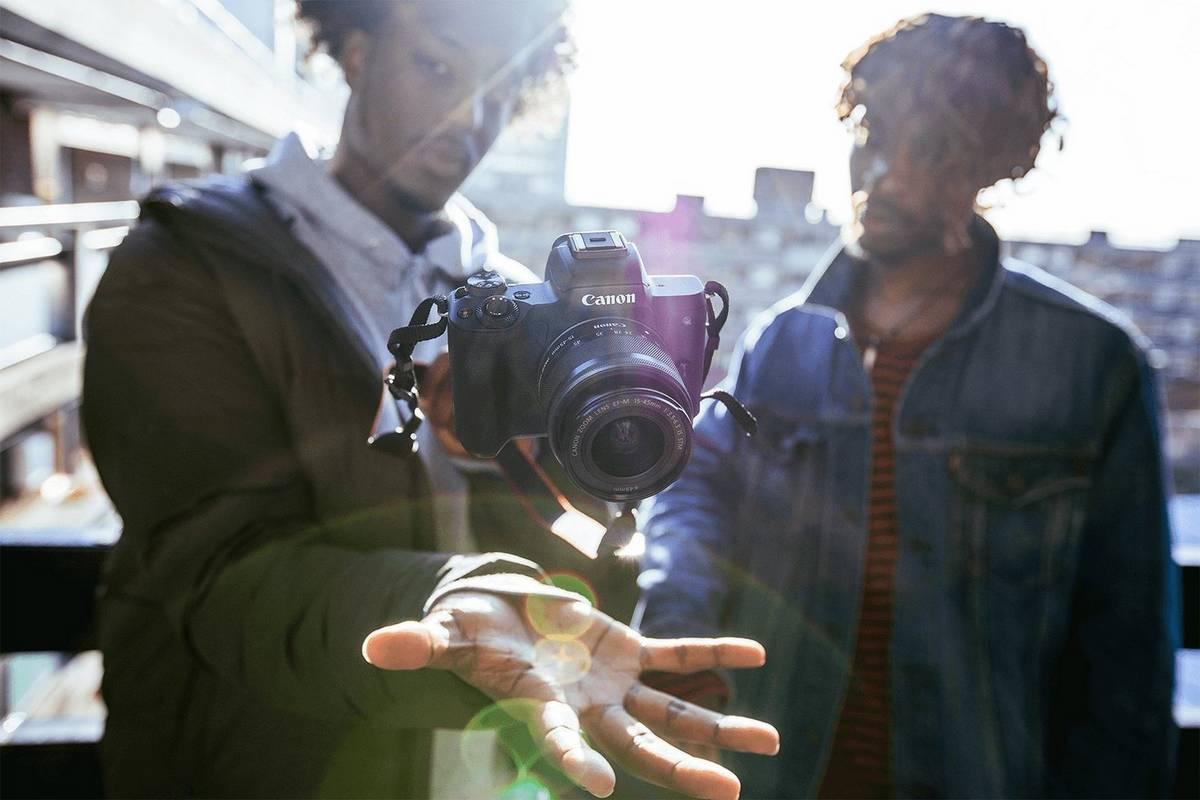 Canon EOS M50 hero