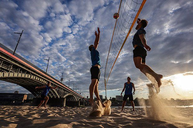 sample beach volleyball