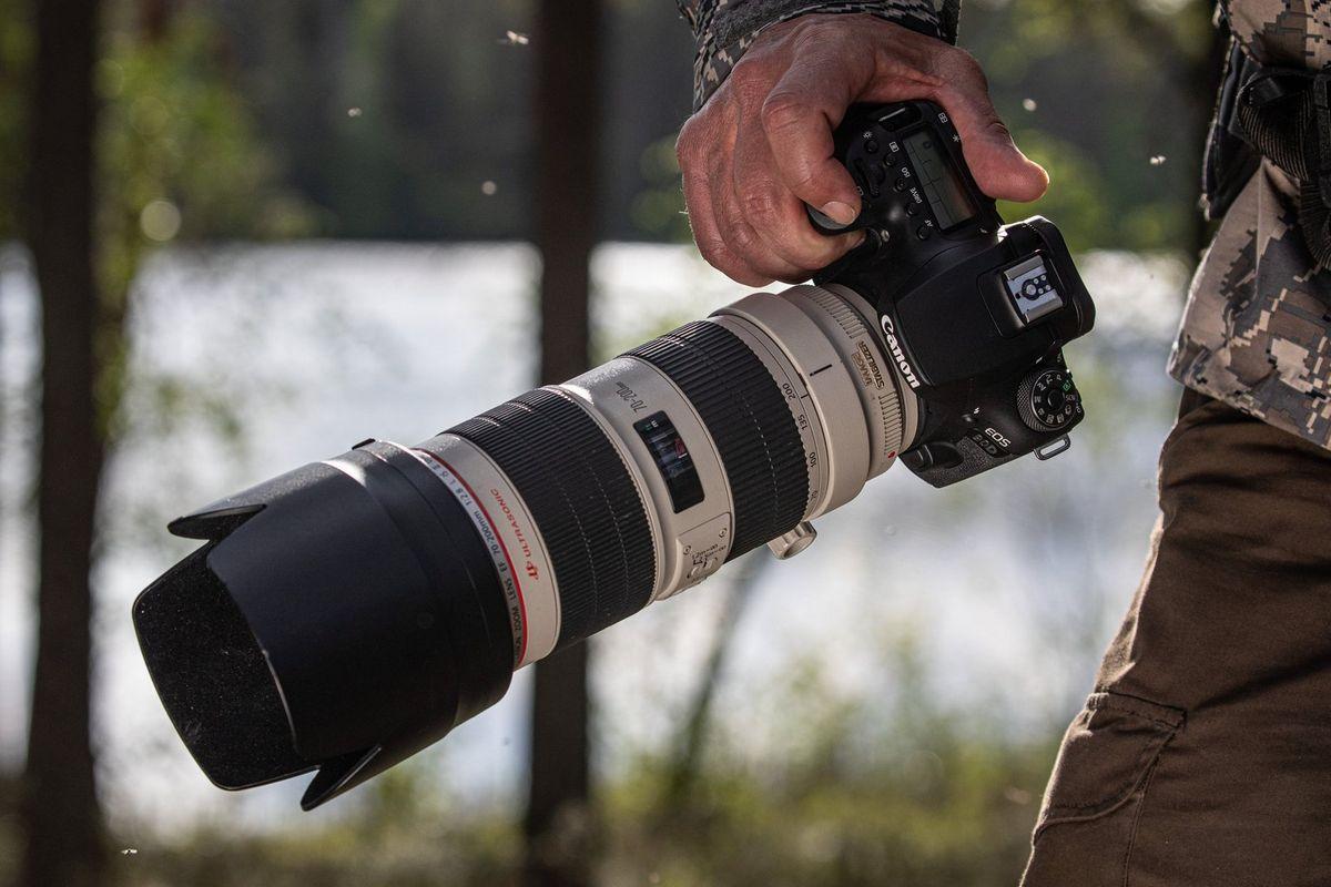 EOS 90D EF Lens