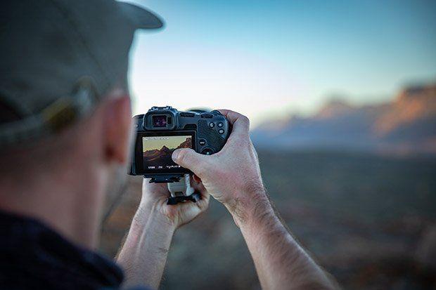 Gergo shootin wth Canon EOS RP