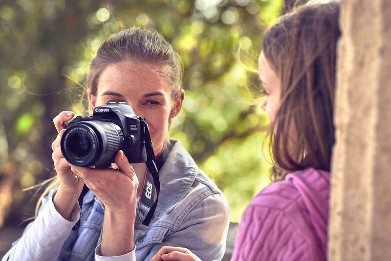 What digital camera review uk dating