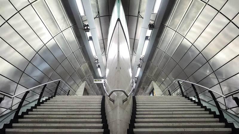 Voir une station de métro vide, c'est bizarre mais thérapeutique.