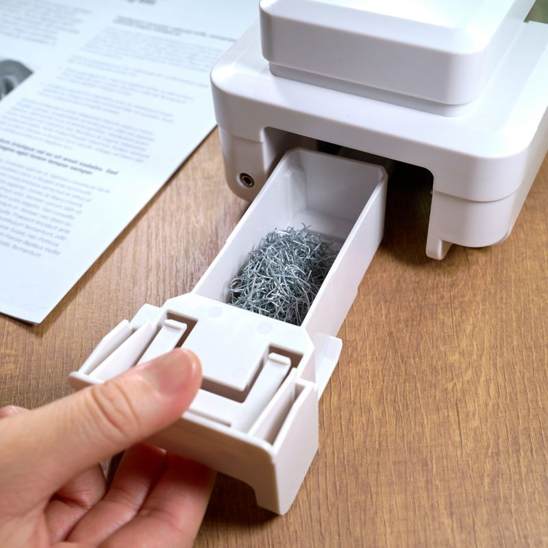 Instant Staple Remover-A1