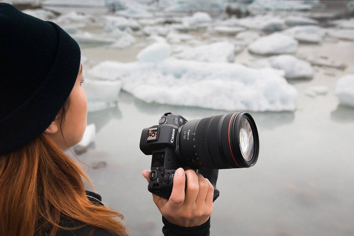 Katya Mukhina with the Canon EOS R and RF 24-105mm F4L IS USM in Iceland