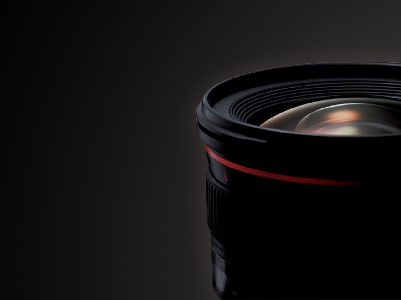 L-series EF Lenses have optical excellence in low light and tricky conditions.