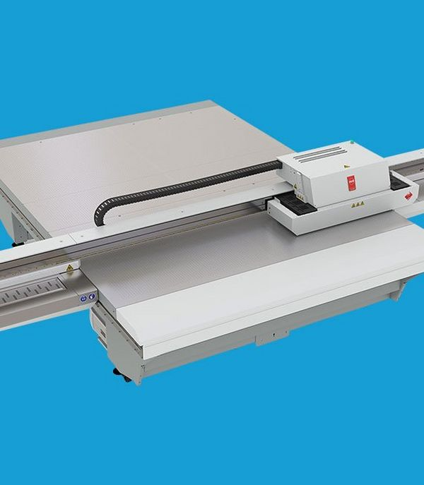 Versatile UV flatbed printers capable of handling a wide range of innovative applications.