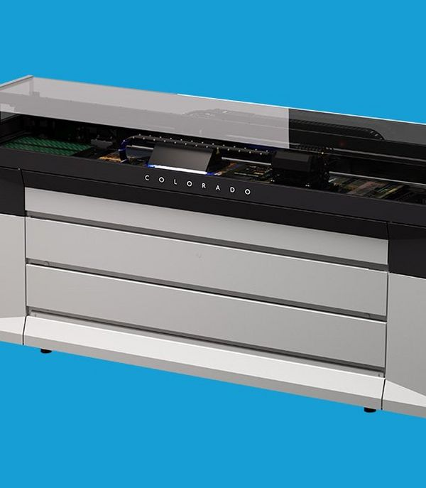 The first production printer to feature Canon's unique UVgel technology, the Colorado delivers unprecedented productivity.