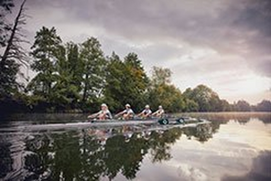 Photographing rowers