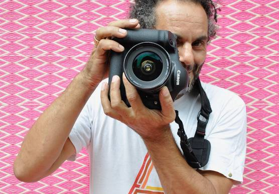 Photographer and Canon Ambassador Hassan Hajjaj with his Canon camera. © Jenny Frémont