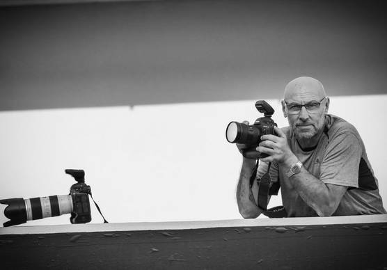 Photographer and Canon Ambassador Jorge Ferrari with his Canon camera. © Nasser Younes
