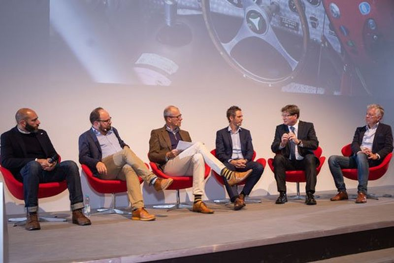 production-printing-business-days-2018-panel-discussion.jpg