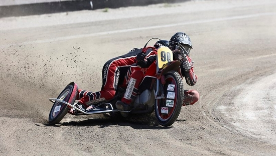 Sample Canon ambassador richard walch speedway red