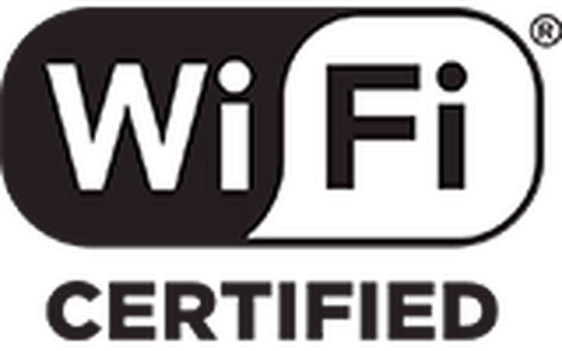 Built-in Wi-Fi and Ethernet port