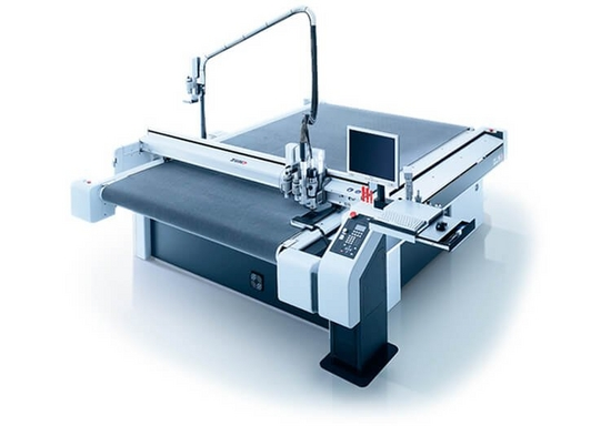 Flatbed cutting machines
