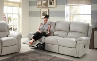 Leather Recliner Sofas In Classic Amp Modern Styles Dfs