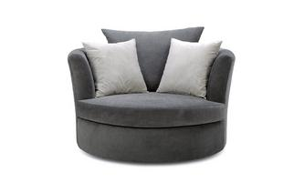 Large Swivel Chair with Plain Scatters
