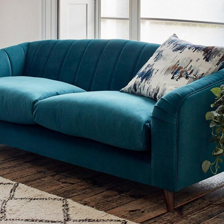 Choosing scatter cushions