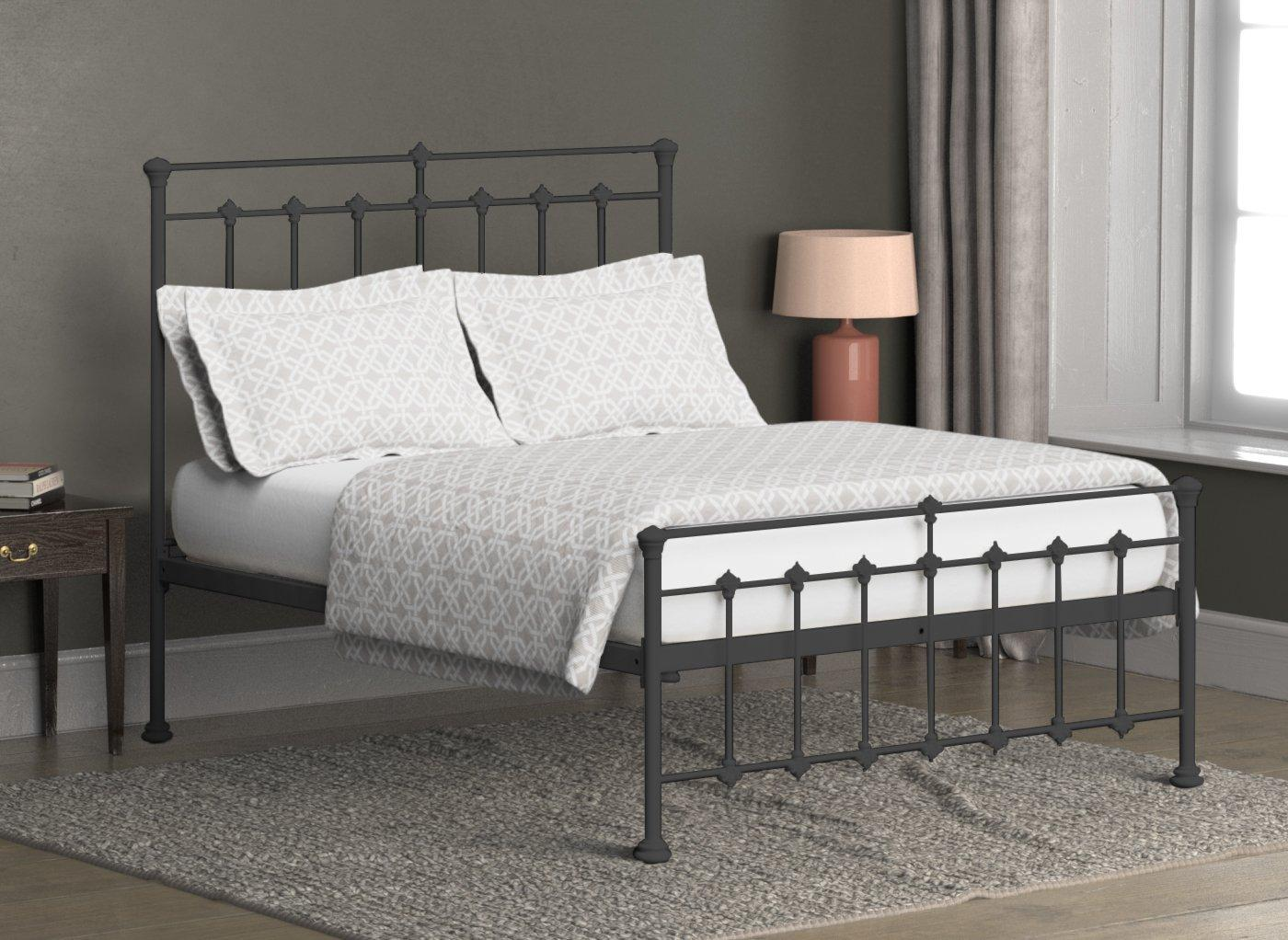 Edwardian Metal Bed Frame 4'0 Small double BLACK