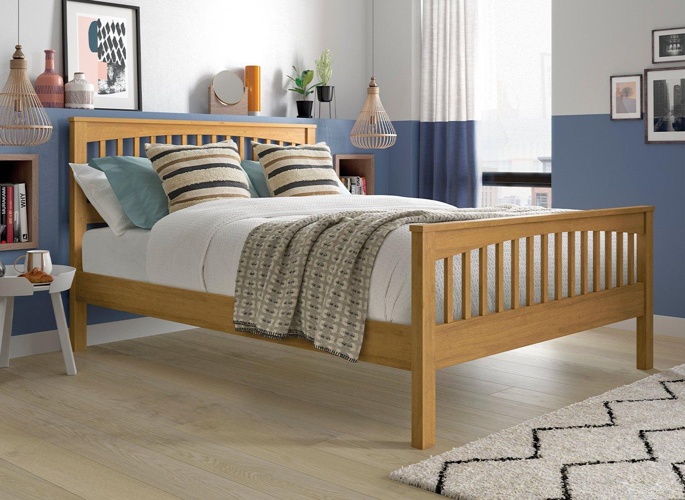 Fleetwood Oak Wooden Bed Frame 5'0 King BROWN